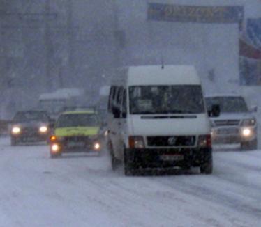 Amenzi arzătoare pentru şoferii nepregătiţi de frig: n-ai cauciuc de iarnă, plăteşti!