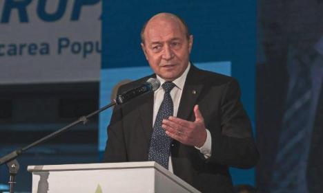 Reacția lui Traian Băsescu după ce Europa Liberă a dezvăluit că ar fi colaborat cu Securitatea (VIDEO)