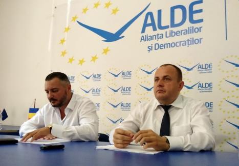 Au făcut şi ei, facem şi noi! Vicepreşedintele CJ Bihor, Traian Bodea: 'PNL a angajat până şi femeile de serviciu pe criterii politice'