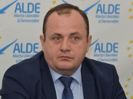 Traian Bodea de la ALDE: 'Cornel Popa să-şi păstreze imaginea pentru el. Noi nu avem nevoie de ea'
