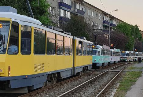 OTL: Staţionări tramvaie în 13 mai