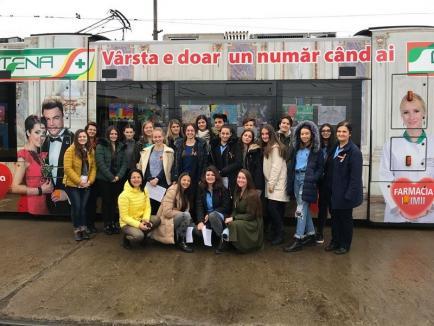 Tramvaiul Centenarului Marii Uniri a circulat prin Oradea (FOTO)