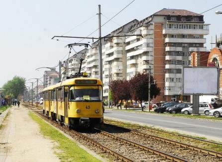 Circulaţia tramvaiului 2 se suspendă de miercuri, iar călătorii vor fi transportaţi cu autobuzul