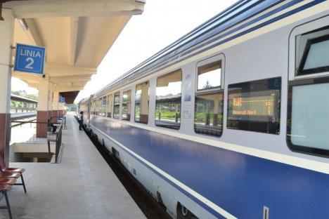 Canicula întârzie CFR: Toate trenurile de călători circulă cu restricţii de viteză