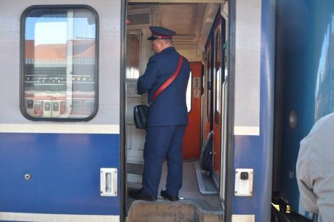 Primul tren Cluj - Oradea – Viena a plecat 'full'. Biletul cel mai ieftin costă 133 lei (FOTO/VIDEO)