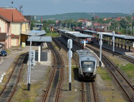 Trenul Centenarului se anulează. Primăria Oradea restituie banii celor care şi-au plătit drumul de Alba Iulia pentru 1 Decembrie