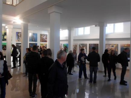 Trienala internaţională de pictură 'Pătratul de Argint' a fost vernisată la Muzeul Ţării Crişurilor (FOTO)