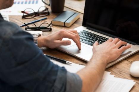 Actele trimise prin fax sau mail în procesul civil. Decizie obligatorie a Instanţei Supreme