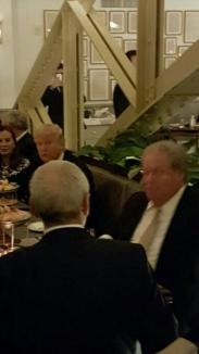 Dragnea s-a lăudat pe Facebook cu fotografii de la o 'cină în format restrâns' cu Donald Trump (FOTO)