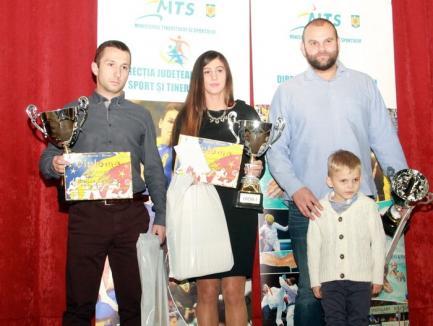 Gala Sportului Bihorean 2015: judoka Larisa Florian, karateka Raul Mircea Tudorică şi echipa de polo CSM Digi, cei mai buni sportivi ai judeţului!