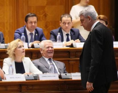 """Tudose aşteaptă demisia lui Carmen Dan: """"Cu un ministru care mă minte nu mai pot să lucrez"""""""
