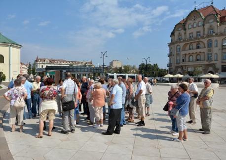 Record: Peste 250.000 de turişti au vizitat anul trecut Oradea. Oraşul are cea mai mare creştere procentuală de vizitatori din ţară