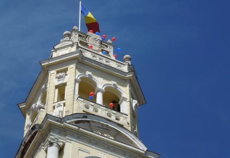 Zbor deasupra unui turn de cuci: Reguli noi pentru cei care vor să viziteze Turnul Primăriei Oradea