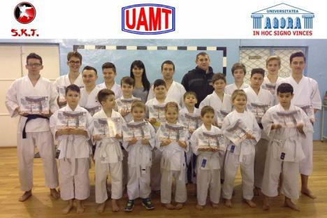 Sportivii orădeni, remarcaţi la întrecerile etapei de la Reşiţa a Campionatului Naţional de Karate Tradiţional