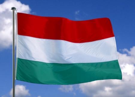 Ungaria a adoptat legea dublei cetăţenii