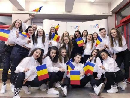 Dansatorii de la 'Unique Dance Studio', premiaţi la concursul Dance Star Romania (FOTO)