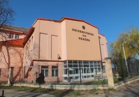Raport la minister: Profesorii Universităţii din Oradea susţin că nu au coordonat cărţi scrise din puşcărie