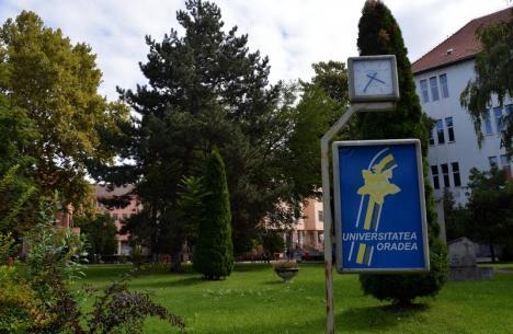 Musafiri de soi: Începe evaluarea instituţională ARACIS, la Universitatea din Oradea