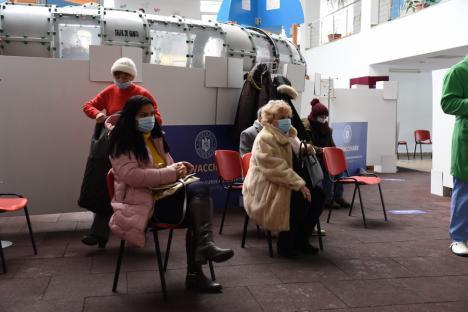 Cum decurge vaccinarea anti-Covid în Oradea, în prima zi din etapa a doua de imunizare (FOTO)