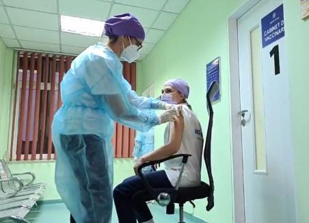 A început vaccinarea anti-Covid în Bihor! (VIDEO)