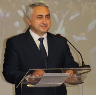 Rectorii a 30 de universităţi din ţară îl vor pe Valentin Popa ministru al Educaţiei