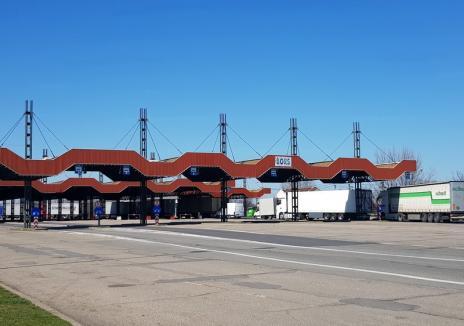 Ungurii au creat un nou culoar de tranzit: Românii din străinătate vor putea intra în ţară şi prin vama Borş