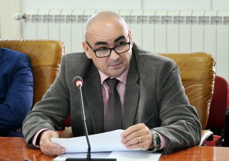 Jale la concursurile pentru şefia Caselor de Sănătate: Doar 5 candidaţi au promovat. Ce a făcut directorul din Bihor