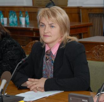Lucia Varga cere 'responsabilitate' de la ministrul bihorean al Sănătăţii