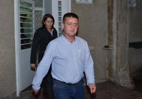 Semi-eșec al DNA: Fostul prim-procuror al Parchetului Bihor, Vasile Popa, a fost achitat pentru corupţie, dar condamnat cu executare pentru şantaj