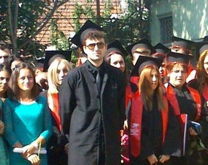 Victor-aş, m-ai încearc-ă! Moştenitorul lui Viorel Micula a picat Bacul la limba română