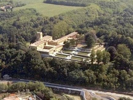 Divorţul îl costă pe Berlusconi o vilă de 80 de milioane de euro