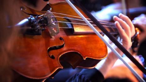 Concerte pentru violoncel şi Romania Universalis la Filarmonică