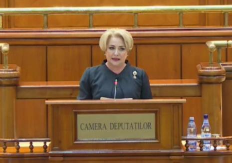 """Moţiunea de cenzură a picat. Dăncilă, numită """"analfabetă funcţional"""", Şerban Nicolae a luat apărarea corupţilor"""