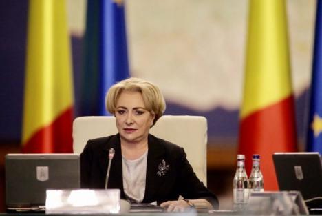 Premierul Dăncilă, probleme cu limba: A spus de şase ori 'imunoglobină' în loc de 'imunoglobulină' (VIDEO)