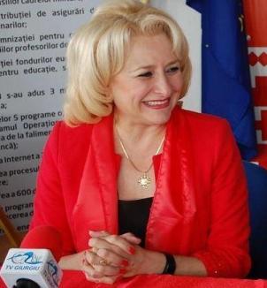 Cine este şi cu ce s-a remarcat Viorica Dăncilă, propunerea PSD la funcţia de premier (VIDEO)