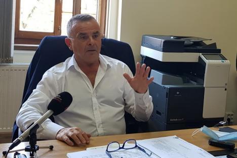 Şeful IŞJ Bihor, cu tunurile pe directorii de şcoli: 'Să-şi asume responsabilitatea pentru rezultatele de la examene. Hârtii au toţi, rezultate mai puţini'