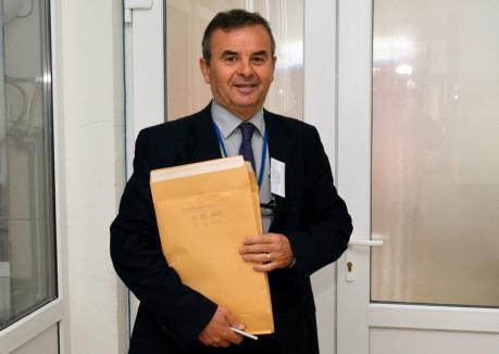Directorul Colegiului Economic, Virgil Blage, este noul inspector şcolar general în Bihor. A fost recomandat de Bolojan