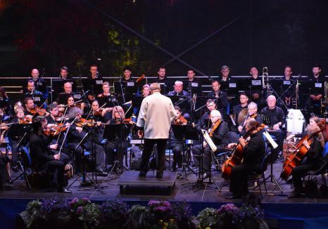 'Oradea nu va mai avea Filarmonică'. Scrisoarea muzicienilor către Ilie Bolojan şi consilierii judeţeni