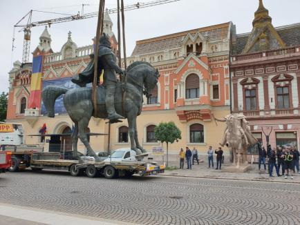 Foc de paie! Ministerul Culturii confirmă că înlocuirea statuii lui Mihai Viteazul cu cea a Regelui Ferdinand este perfect legală