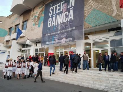 O zi cu Viorica: Cum a arătat vizita electorală făcută de Viorica Dăncilă în Bihor (FOTO)