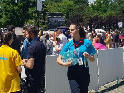La Blaj: Papa, Iohannis şi eu (FOTO)
