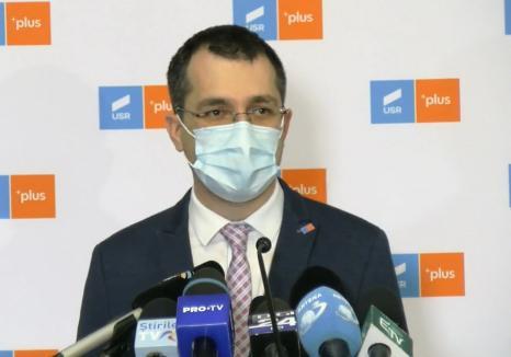 Primele declarații făcute de Vlad Voiculescu după demiterea de la șefia Ministerului Sănătății. Acuzații dure la adresa premierului (VIDEO)