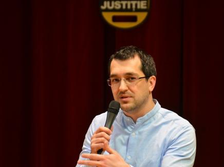 Bihorel: Zece observații despre schimbarea ministrului Sănătății