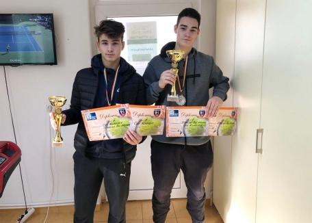 Orădenii de la CSM au obţinut medalii de argint la Campionatele Naţionale de tenis U16 de vară