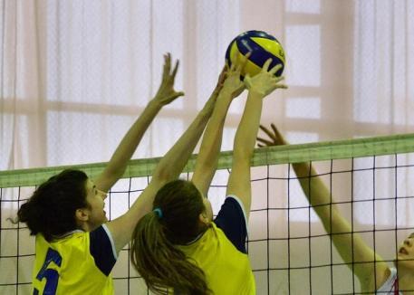 Victorie în trei seturi pentru voleibalistele de la CSU Oradea în primul joc din an