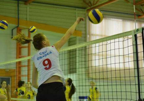 Volei feminin: CSU Oradea s-a impus cu 3-0 în disputa cu Politehnica Timişoara şi a urcat pe locul II