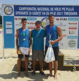 Sportivii de la LPS Bihorul, vicecampionii României la volei pe plajă