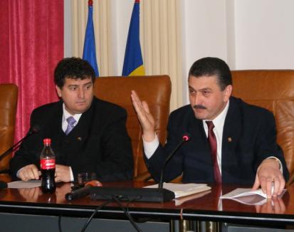 Radu Ţîrle avertizează că va propune PNL schimbarea vicepreşedintelui Dumitru Voloşeniuc