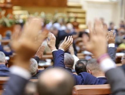 PSD vrea creştere economică de 5,5%: Proiectul de buget pe anul 2018 a fost adoptat