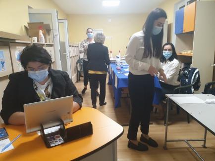 Biroul Electoral Judeţean Bihor: Toate secţiile de votare din judeţ au fost deschise fără probleme înaintea orei 7